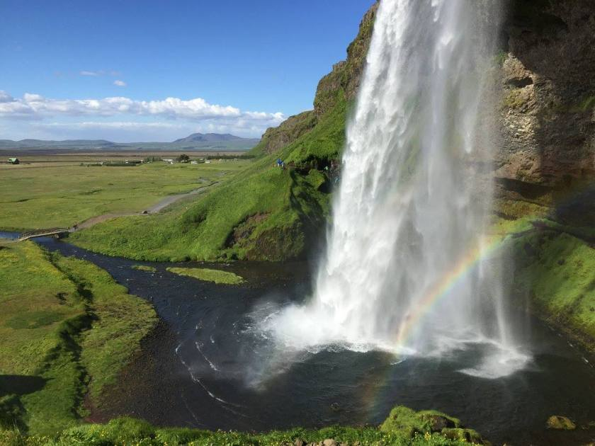 seljalandsfoss_waterfall