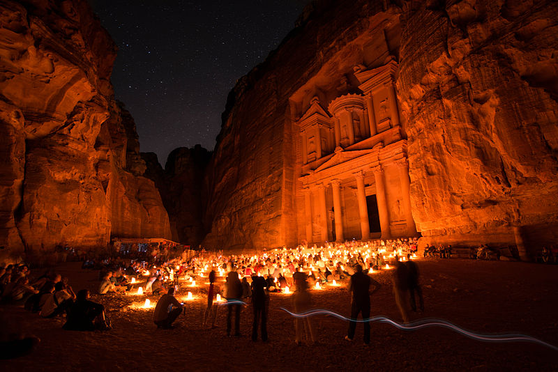 Petra_by_Night